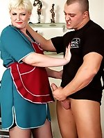 Cock-strong guy offers a mature maid an extra job drilling her asshole hard